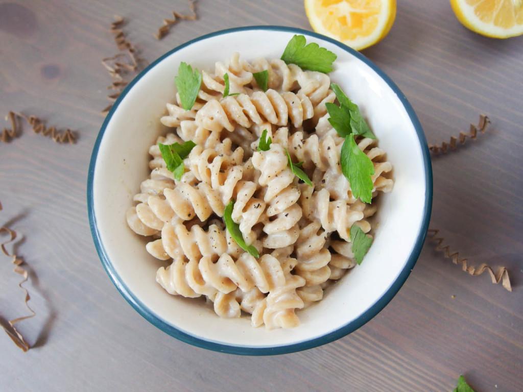 vegan_roasted_garlic_meyer_lemon_pasta_3-1024x768
